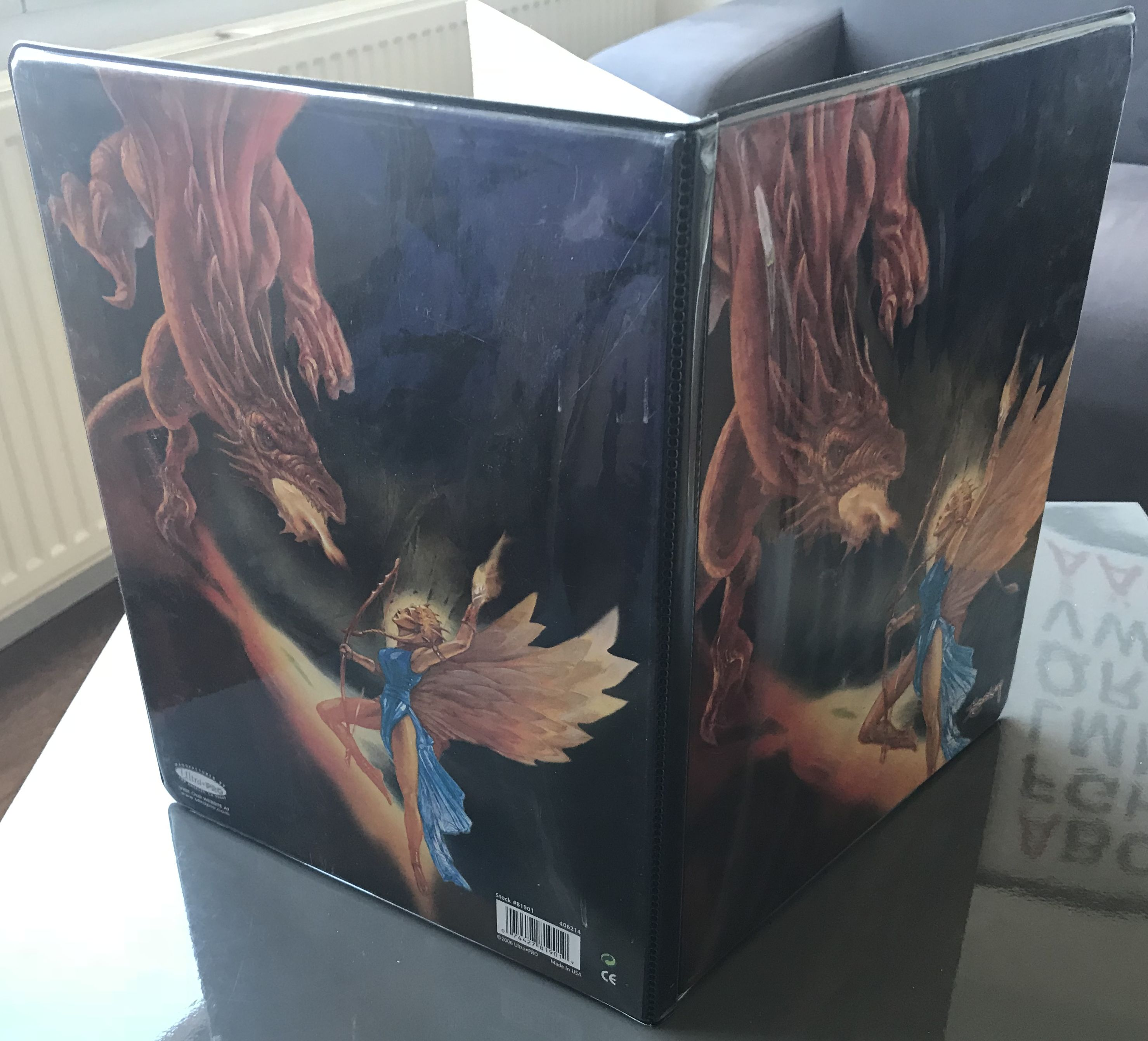 Angel vs Dragon 9-Pocket Binder, Binders